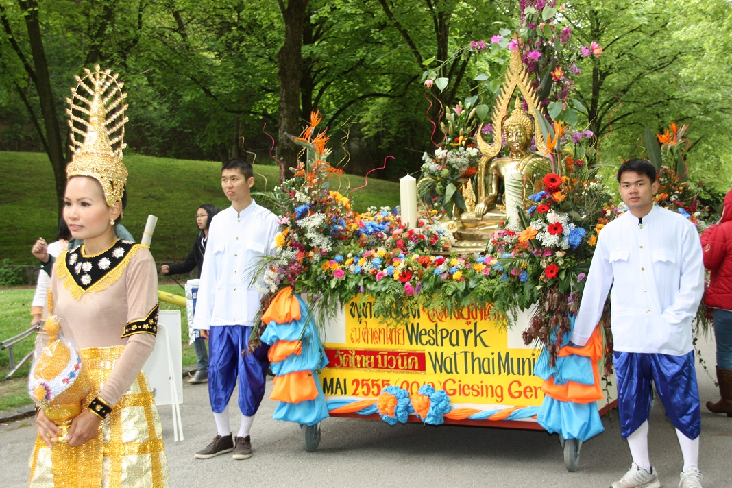 Einzug uzm Vesakh-Fest 2012