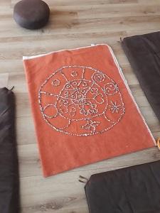 Mandala aus Kieselsteinen
